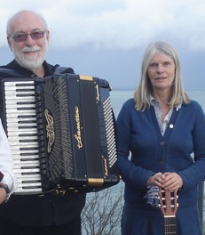 Sophie Wright, with accordionist Richard Wirdnam